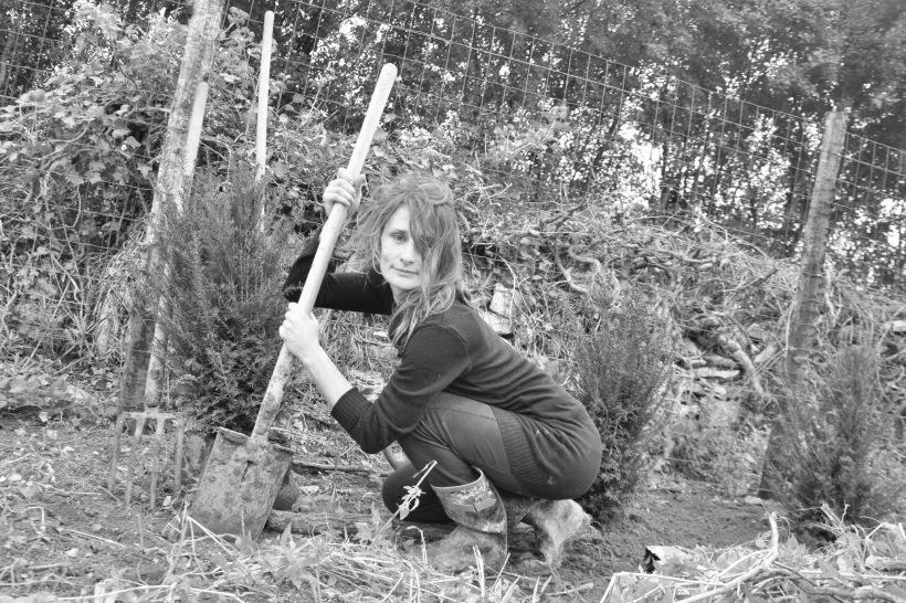 marie au jardin