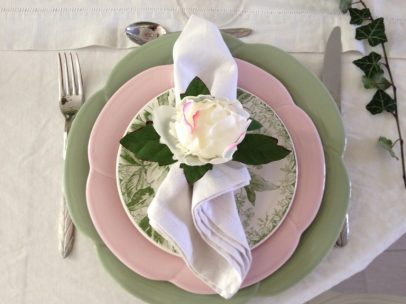 zoom assiette rose