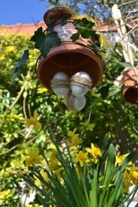 cloche de Pâques suspendue
