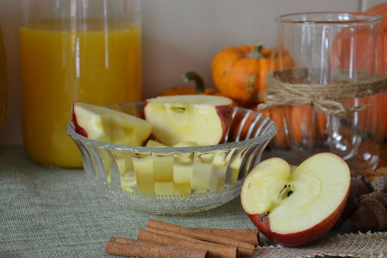 pomme en morceaux pour le smoothie