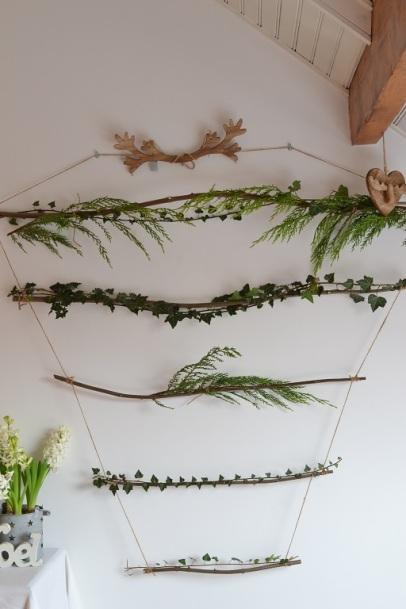 décoration du calendrier avec les trésors du jardin