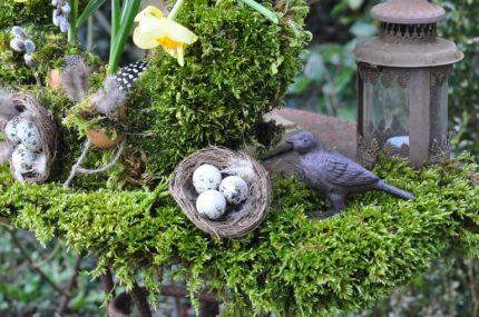 déco: oiseau et mousse