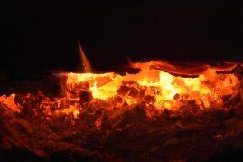 Braises feu de cheminée