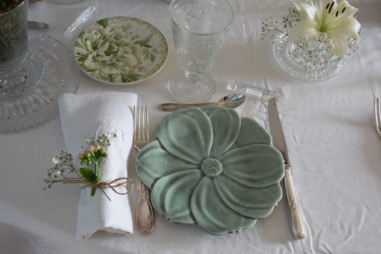 Assiettes avec rond de serviettes Kalanchoé