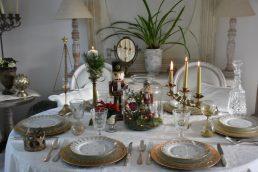 Table dorée et noëlarium