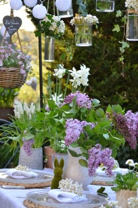 table-paques-lilas