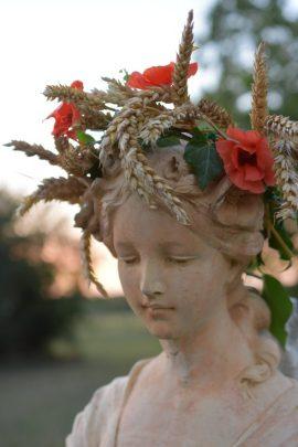 profil de Flore au soleil couchant