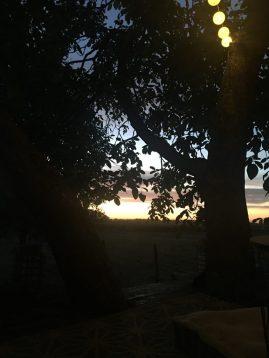 coucher de soleil cabane